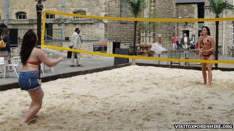 Oxford Castle Quarter beach