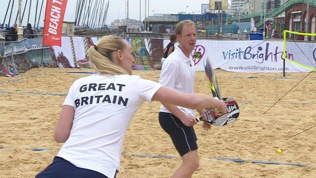 Beach tennis players