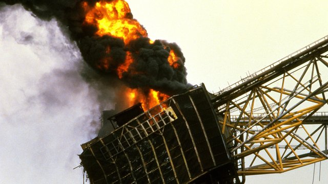 the tragedy that occurred at piper That this house has considered the 25th anniversary of the piper alpha disaster on the night of 6 july 1988, an incident occurred on the piper alpha platform that led to the deaths of 167 men it was the worst tragedy in the offshore oil and gas industry anywhere in the world.