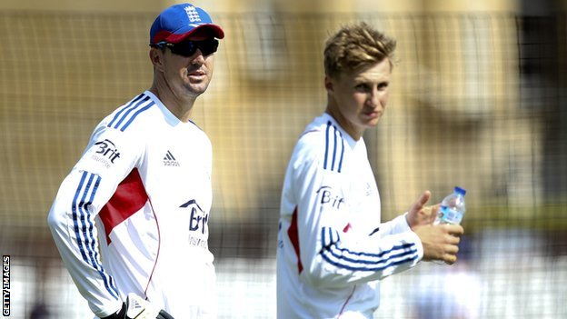 Kevin Pietersen (left) and Joe Root