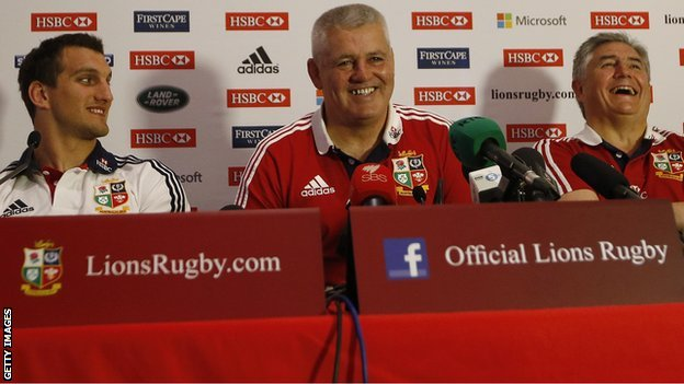 Warren Gatland (centre), Sam Warburton (left) and Andy Irvine