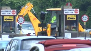 Humber Bridge toll booths replacement works