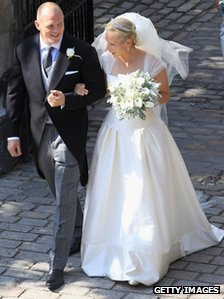 Zara Philips and Mike Tindall leave Canongate Kirk after getting married on 30 July 2011 in Edinburgh