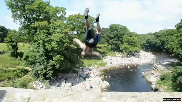 """Tombstoning"" at Devil's Bridge, Kirkby Lonsdale"