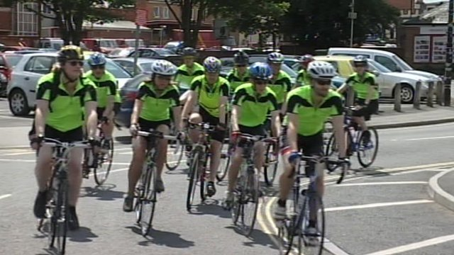 Tour of Berkshire cyclists