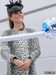 Duchess of Cambridge at her final solo visit before her baby is born