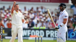 Peter Siddle celebrates dismissing Matt Prior