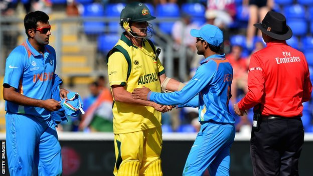 Australia's Adam Voges shakes hands with India's Ravindra Jadeja
