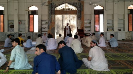 Nervous worshippers at mosque in Peshawar