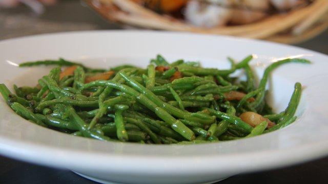 Samphire and wild garlic salad