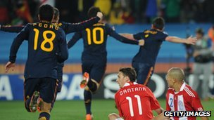 Spain celebrate a goal against Paraguay in the 2010 World Cup