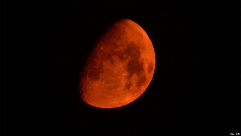 red moon today in uk - photo #20