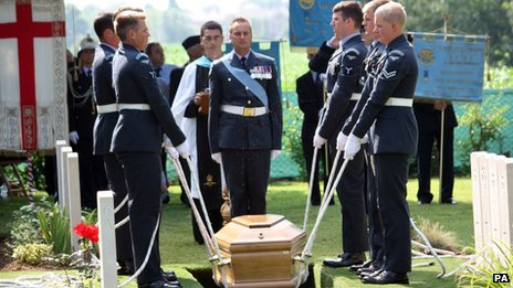 Ceremony for RAF bomber crew in Padua, Italy