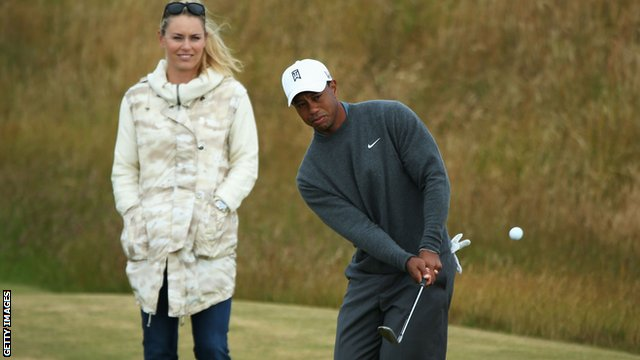 Tiger Woods watched by girlfriend Lindsey Vonn