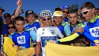 Nairo Quintana and fans