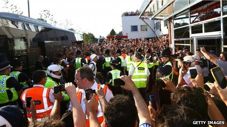Crowds gather to watch Real Madrid arrive at Bournemouth