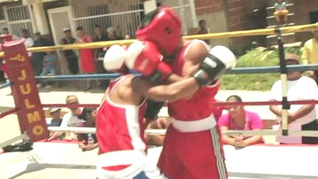 Young boxers duking it out in in Caracas