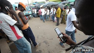 Mobile phone users in Abidjan