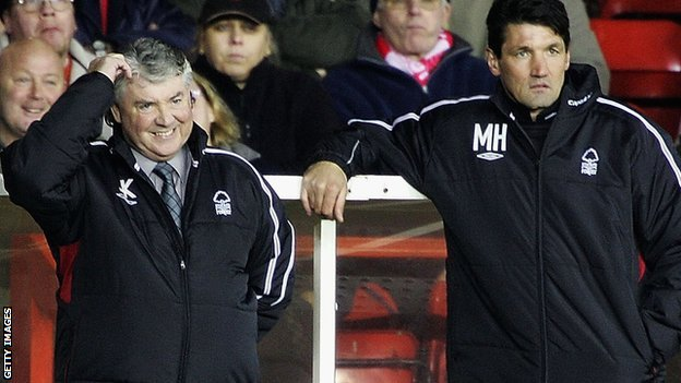 Newcastle director of football Joe Kinnear (left) and Mick Harford