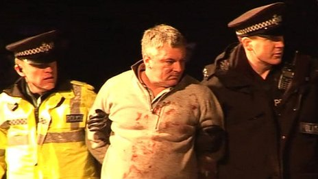 Marc McLees being arrested in Bridge Street, Leighton Buzzard