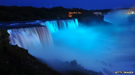 Visitors to Niagara Falls discovered the baby's gender when they were illuminated by blue lights