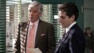 Dennis Farina with Michael Imperioli in Law and Order
