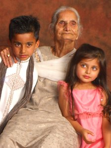 Sant Kaur Bajwa with her great grandchildren