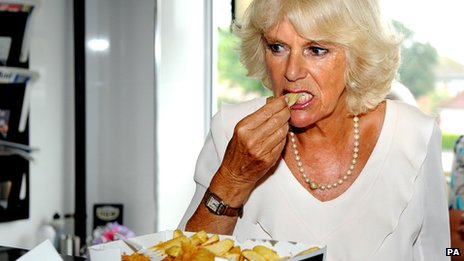Camilla eating chips