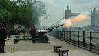 Gun salutes mark royal birth