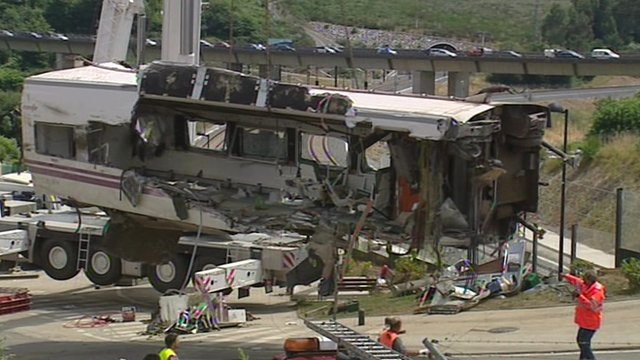 Carriage damaged in Spain train derailment