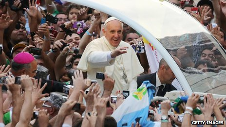 Pope Francis greets crowds in Rio de Janeiro