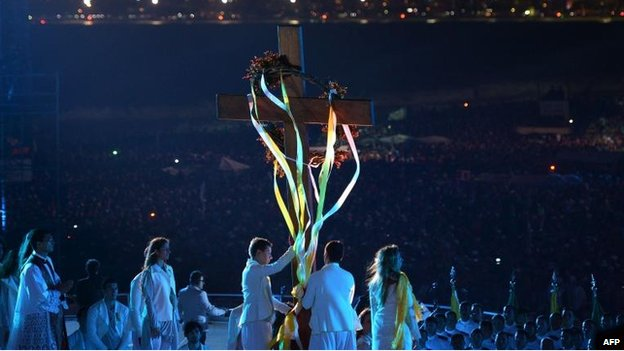 Young people re-enact the Stations of the Cross on Copacabana Beach, Rio (26 July)