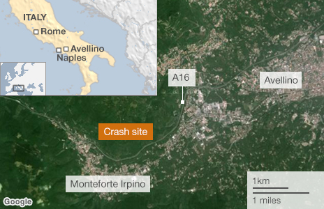 At least 38 dead near Avellino _68999857_italy_coach_crash_464_v3