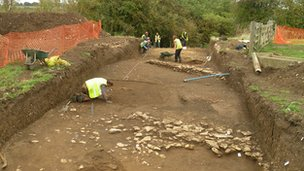 Archaeologists at Chester Farm site