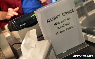"Till advertising ""no alcohol service"""