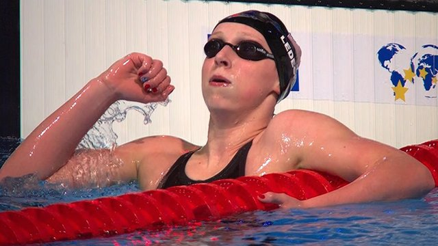 American Katie Ledecky breaks 1500m freestyle world record
