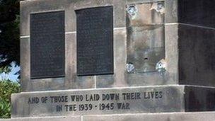 Cenotaph Plaques