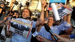 Opponents of Silvio Berlusconi celebrate court ruling. 1 Aug 2013