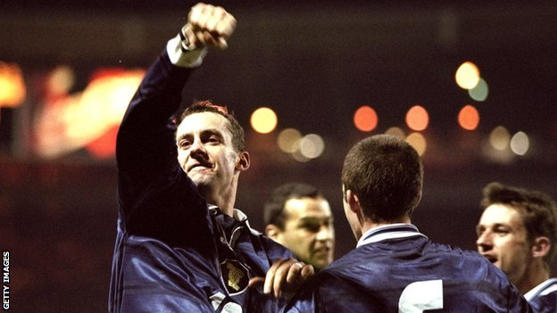 Don Hutchison celebrates after scoring the winner at Wembley in 1999