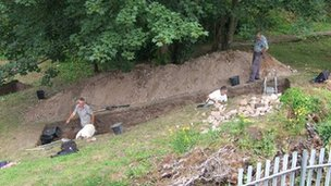 Volunteer archaeologists dig at Holt Castle