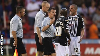 Notts County players complain