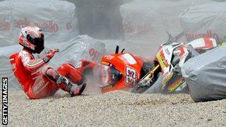 Marco Melandri Ducati crash