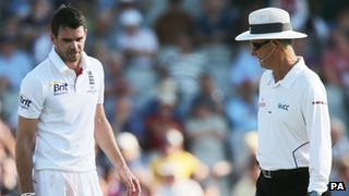 James Anderson and umpire Tony Hill