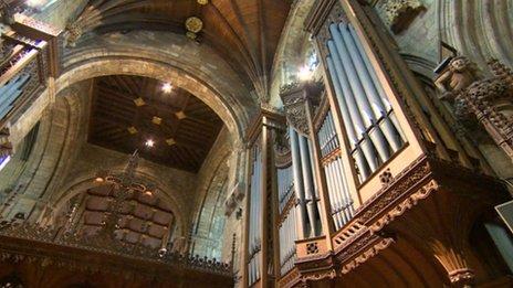 Selby Abbey organ