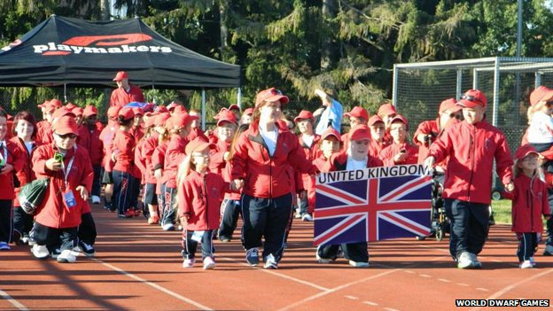 British team at opening ceremony of World Dwarf Games