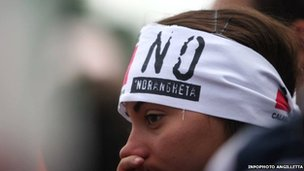 A woman an an anti-Ndrangheta protest 2010