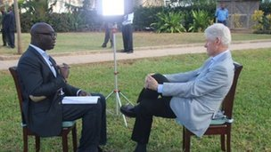 Bill Clinton and Komla Dumor