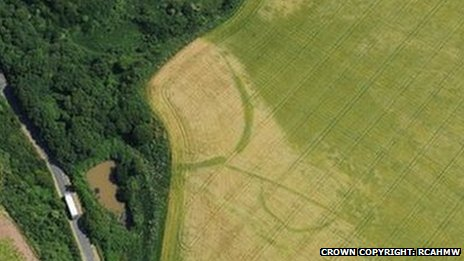 Iron Age farms and forts near Dale, south Pembrokeshire