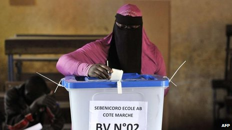 Voting in Bamako, 11 August