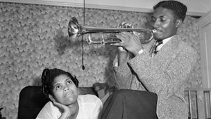 Jamaican migrants Keith Edwards and Queenie Marques in London, 1954